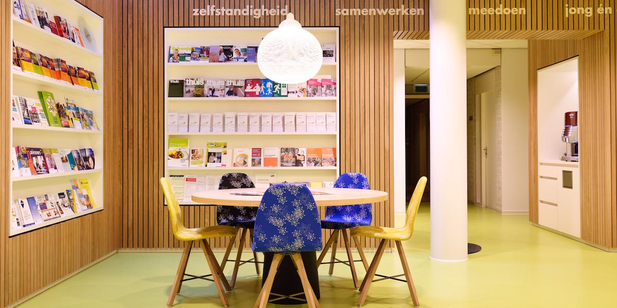CMD-loket met interieur door Buro Bas